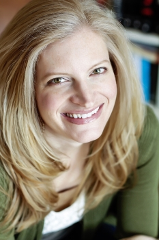 Author Amy Engel